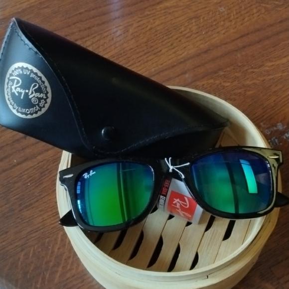 Ray-Ban sunglasses 🕶️